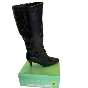 Stuart Madeline black pleather faux leather knee high heeled boots size 9